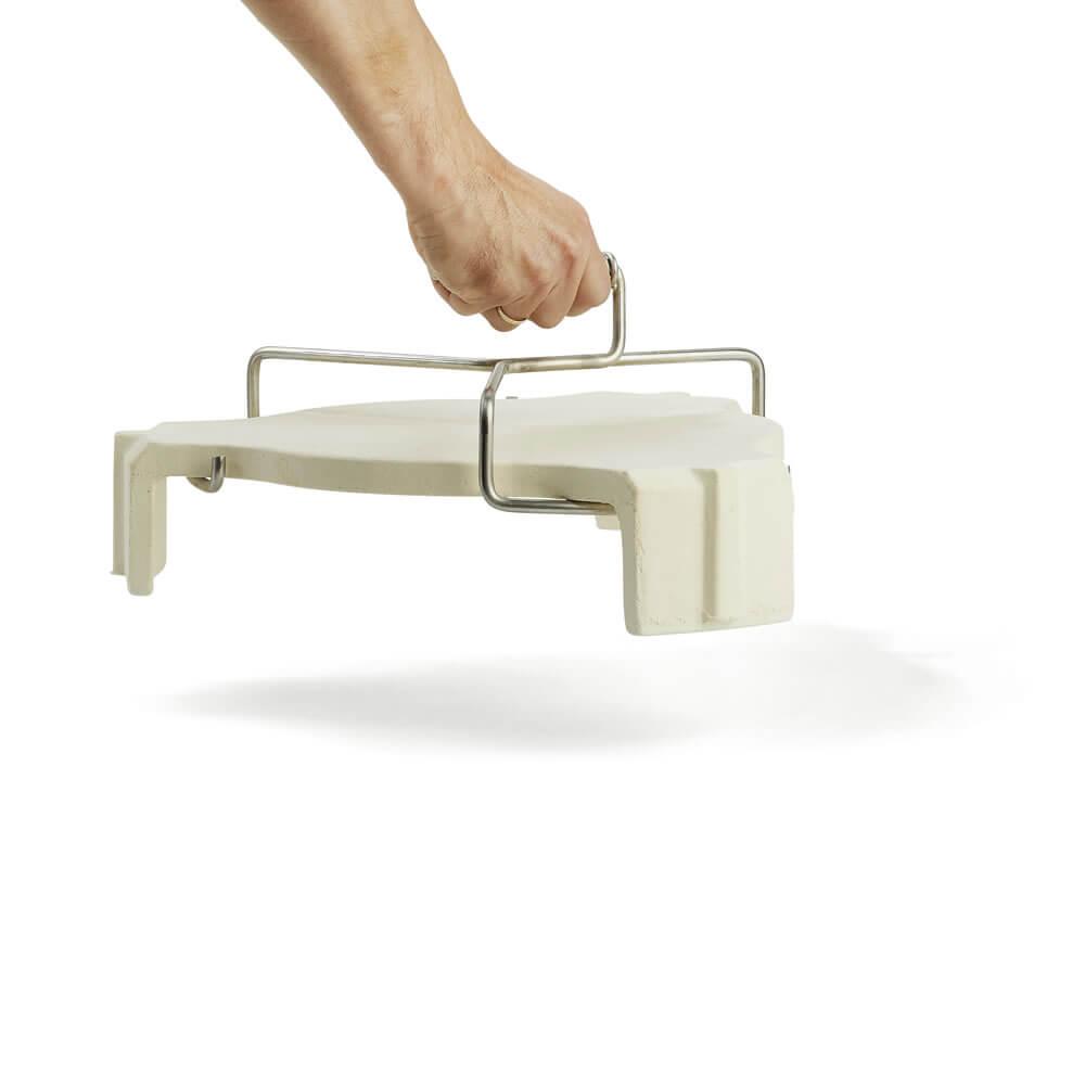 egguipment-plate-grabber-plate-setter-hand-lifted